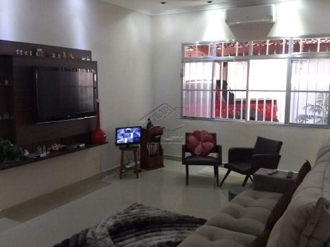 Casa 3 dormitórios com suíte no Tude Bastos em Praia Grande aceita permuta por apartamento 2 ou 3 dorms na Guilhermina