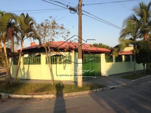 Casa em Praia Grande com 03 dormitórios no Flórida, oportunidade!