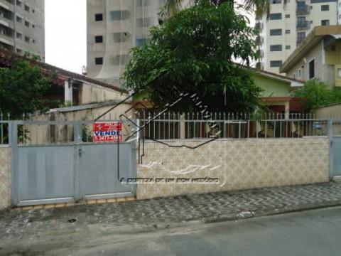 Casa ampla no Caiçara, zona 01 de Praia Grande!