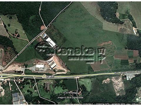 Área industrial, próximo da Rod. Edgar Maximo Zambotto/ Atibaia.