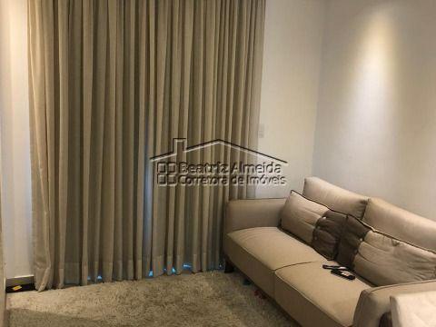 Linda casa com 2 quartos (1 suite), rebaixamento em gesso, armários planejados, piscina