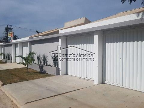 Excelentes casas no Barroco com churrasqueira, 2 qtos (1 suite) e garagem