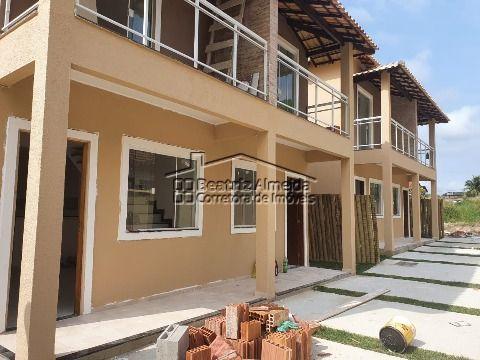 Casa Duplex na Av dos Macacos (Inoã), 2 qtos, sala, cozinha, churrasqueira e garagem