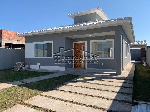 Casa de terreno inteiro na rua 81, 3qts (1 suite), sala, cozinha com ilha, área gourmet