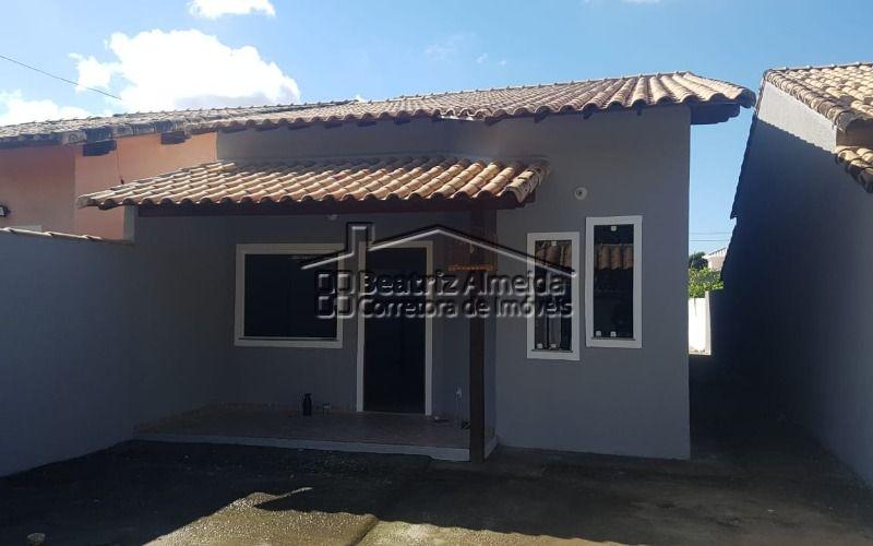 Casa 3 qts (1 suite), sala em 2 ambientes, Jd inverno, quintal, garagem