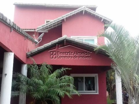 Casa triplex com vista para o mar no Jardim Atlântico - Itaipuaçu