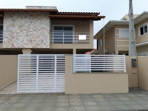 Casa em Carianos - Florianópolis