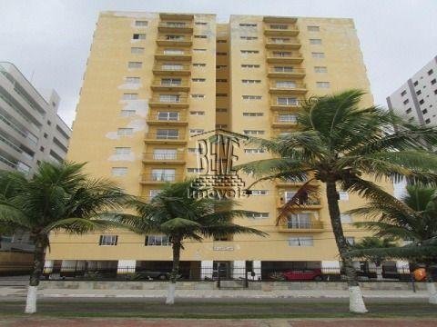 Apartamento de 2 dormitórios em prédio frente mar no Bal Flórida