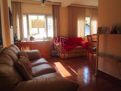 Apartamento de 2 dormitórios sendo uma suíte em Vila Caiçara.
