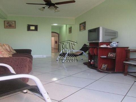 Apartamento 2 dorms 1 suite no centro de Vila Caiçara
