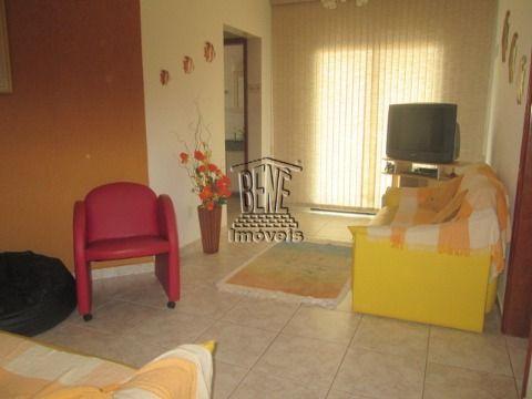 Apartamento 1 dormitório com piscina em Vila Caiçara