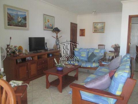 Belo apartamento 2 dormitórios sendo duas suítes prédio frente mar  em Vila Caiçara