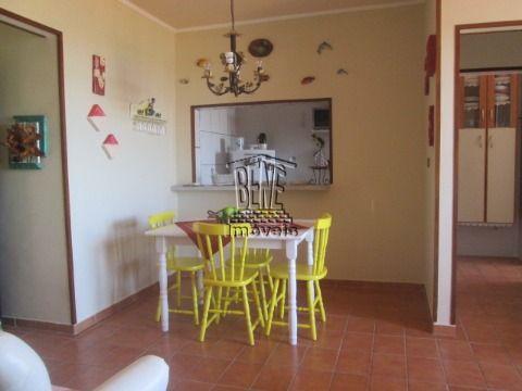 apartamento de 1 dormitório com vista para o mar em Vila Caiçara