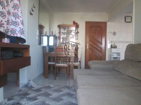 Lindo apartamento com 2 dormitórios, sendo 1 suíte mobiliado - Vila Caiçara.