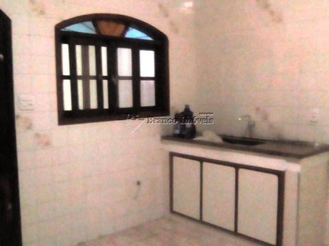Casa geminada 2 dormitórios, muito bem localizada no Caiçara