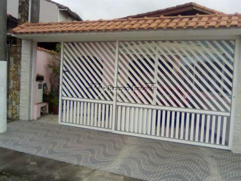 Casa 2 dormitórios próximo ao mar , Aceita Financiamento!