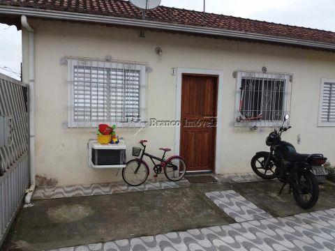 Casa em condomínio no Esmeraldo a sua espera