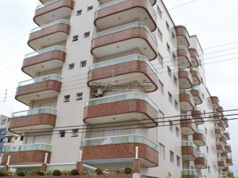 Apartamento 2 dormitórios no centrão da Vila Caiçara, proximo a praia.