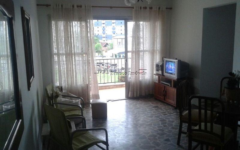 Apartamento 3 dormitórios sendo 02 suítes no c entro do Caiçara