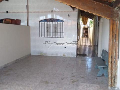 Linda casa geminada 2 dormitoreiros no centrão do Caiçara a duas quadras da praia