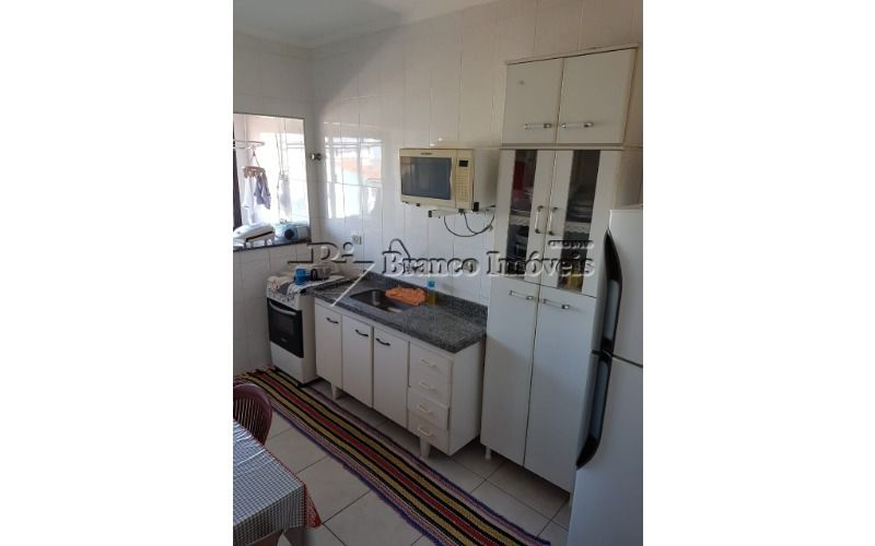 Apartamento 1 dormitório amplo com garagem, na Vila Caiçara em Praia Grande