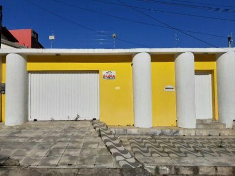 Rua Henriqueta Prates, nº04, Cruzeiro