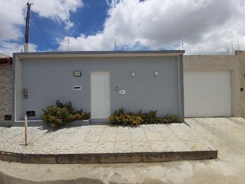 Rua Q, nº630, Morada dos Pássaros II