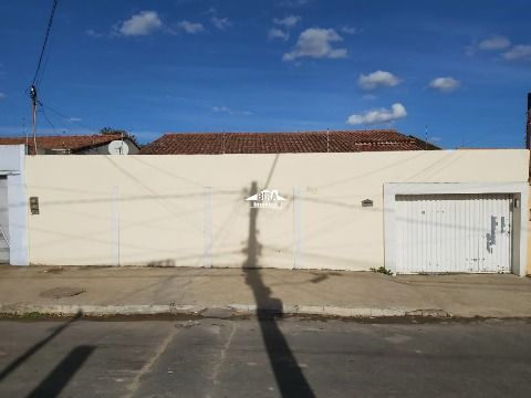 Rua Cassimiro Cardoso, nº380, Alto Maron