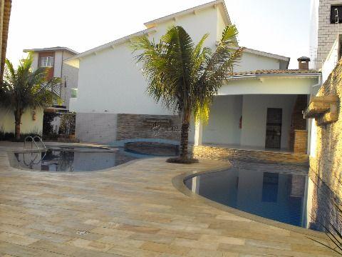 Sobrado em condomínio com 3 dormitórios à venda no Canto do Forte - Praia Grande