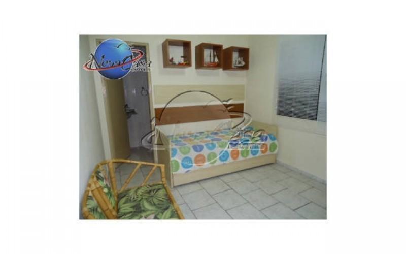 Casa de condomínio 2 dormitórios na Vila Guilhermina em Praia Grande