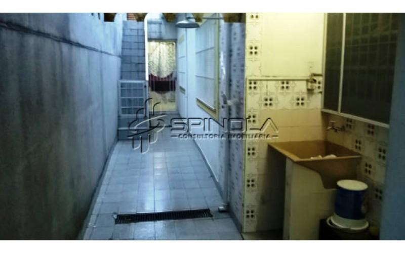 Área de Serviço/ Escadas do Terraço