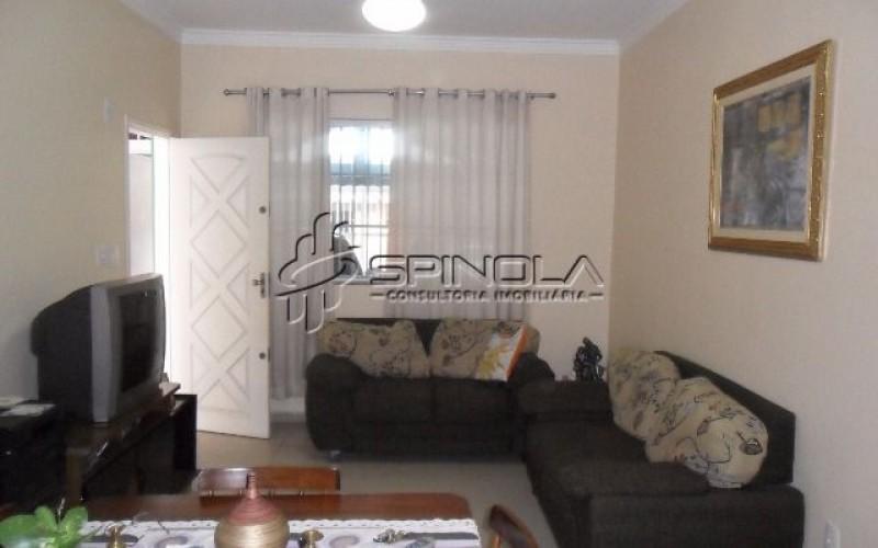 Casa isolada à venda com 2 dormitórios e 1 suíte na Vila Caiçara - Praia Grande