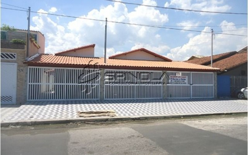 Casa geminada com 2 dormitórios no Tude Bastos em Praia Grande