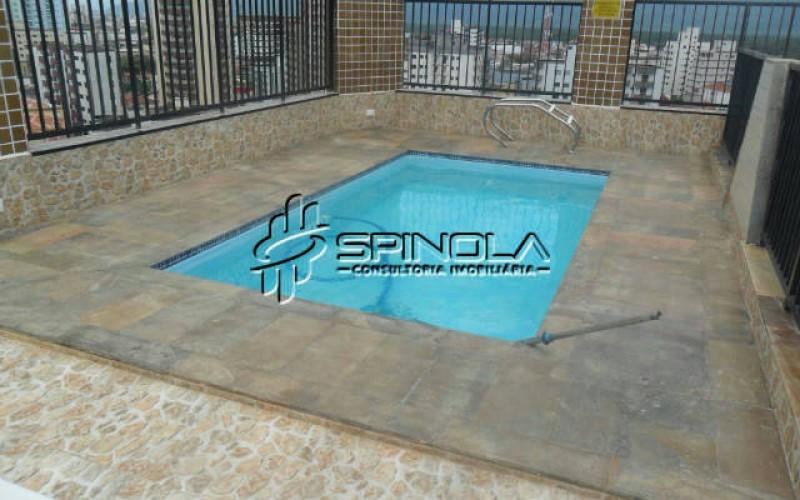 piscina do prédio na cobertura