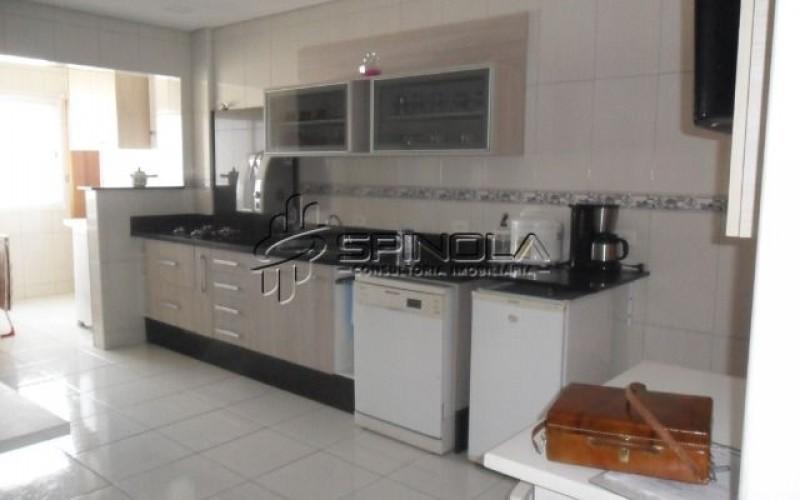 Apartamento à venda com 3 dormitórios no Campo da Aviação - Praia Grande