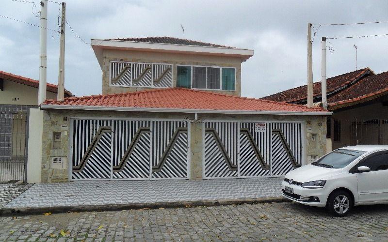 Sobrado 3 dormitórios 3 suítes no Jardim Real - Praia Grande.