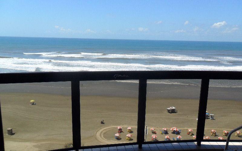Apartamento em Praia Grande no Caiçara - 2 dormitórios sendo 1 suite