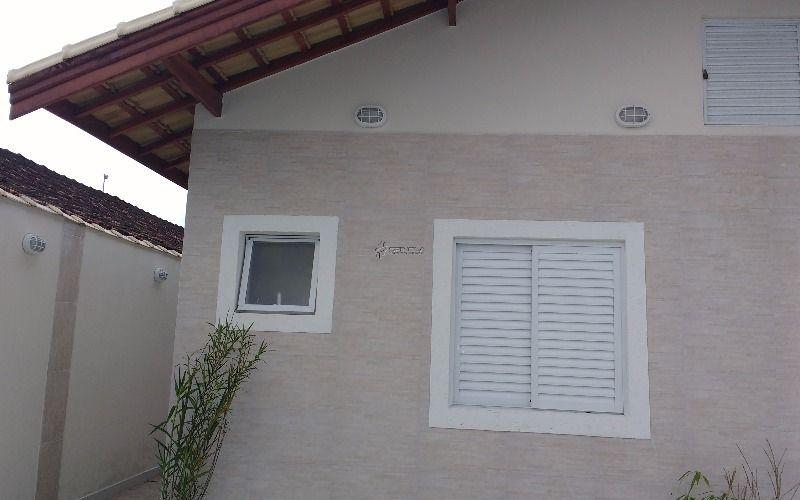 Casa a venda 02 dormitórios no Caiçara em Praia Grande - SP