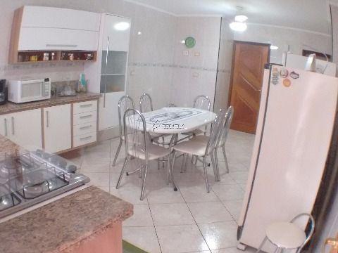 Apartamento à venda de 2 dormitórios na Vila Guilhermina - Praia Grande