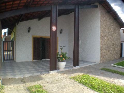 Casa isolada em Praia Grande no Balneário Flórida 3 dormitórios