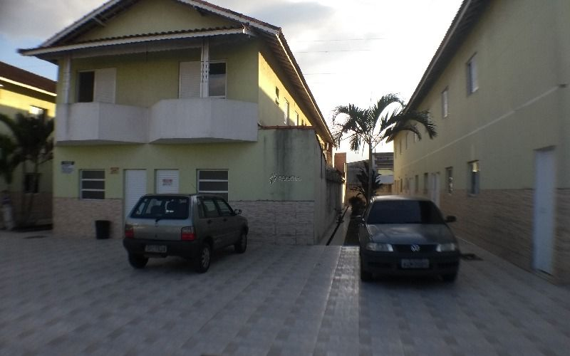 Casa em Condomínio no Tude Bastos, Praia Grande