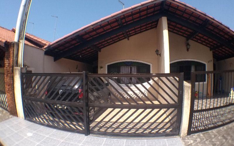 Casa de 2 dormitórios com suíte no Jardim Imperador - Praia Grande