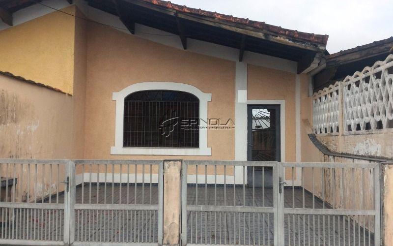 Excelente casa com 2 dormitórios na Vila Caiçara em Praia Grande