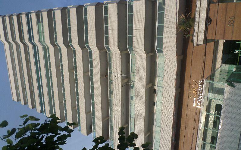 Apartamento de três dormitórios Jardim Guilhermina - Praia Grande