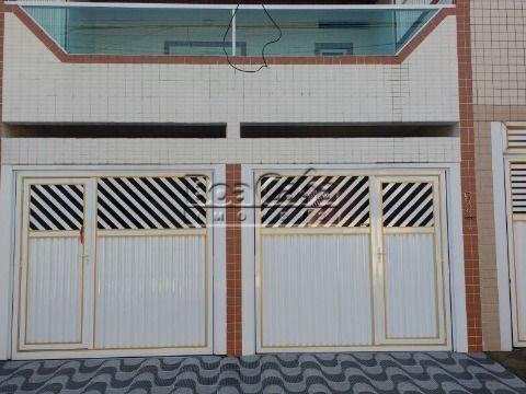 Casa sobreposta 3 dorm no Tude Bastos, Praia Grande