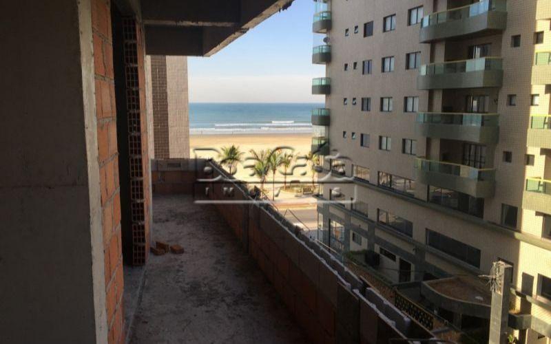 Apartamento no Campo da Aviação, Praia Grande – 2 dorm com R$51.906,00 de entrada