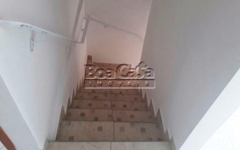 24 - Escada (desce).jpeg