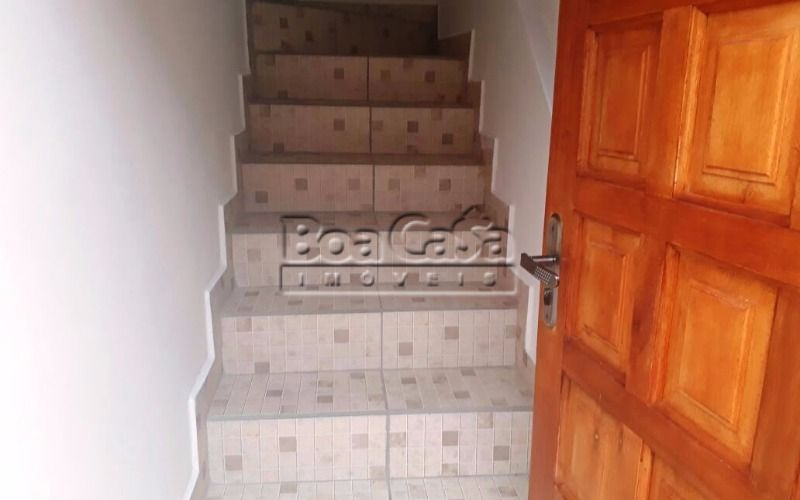 02 - Escada (sobe).jpeg