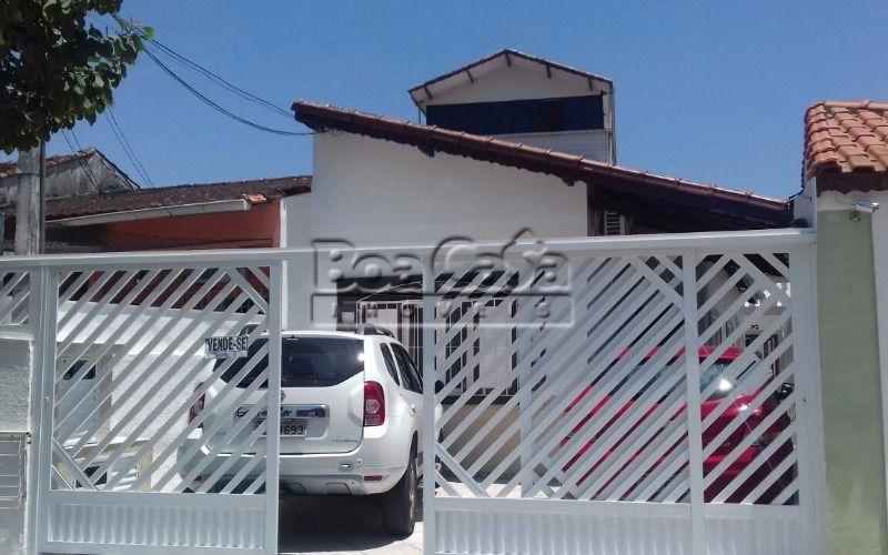 Casa no Canto do Forte, Praia Grande – 2 dorm por R$380.000,00