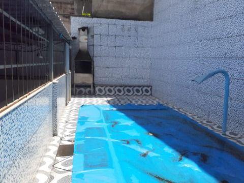 Casa 3 quartos, suite, terraço e piscina no Bandeirantes